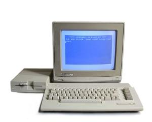 750px-C64c_system