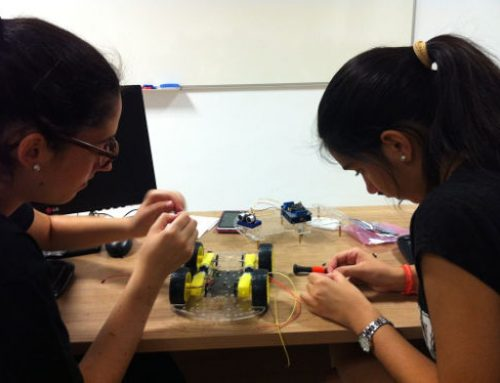 La Universidad de Granada celebra el III Campus Tecnológico para Chicas